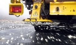 Mezzi spargisale in azione sulla rete stradale provinciale