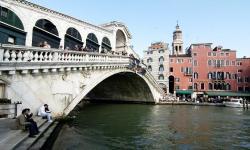 Venezia, città d'arte: ponte di Rialto (foto: Mario Fletzer)