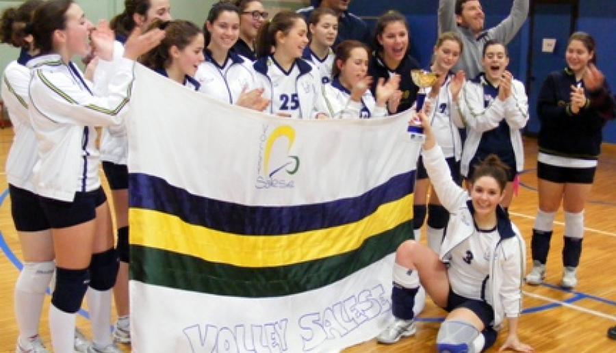 campionesse: la squadra under 16 del volley di Santa Maria di Sala
