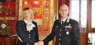 la presidente Zaccariotto con il colonnello Sulpizi